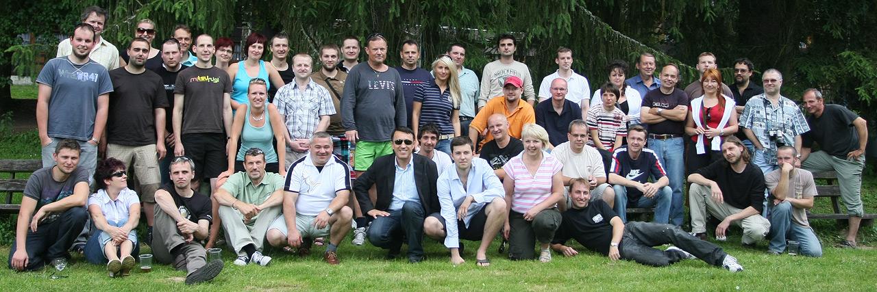 Společné foto zaměstnanců firmy MICRONIX s.r.o.